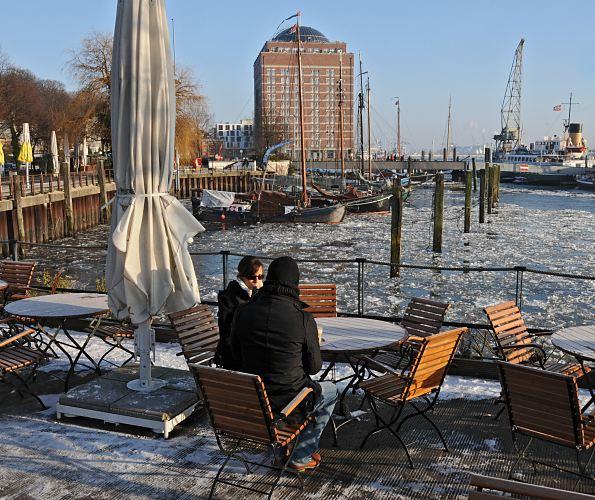Hamburg Museumshafen Cafe